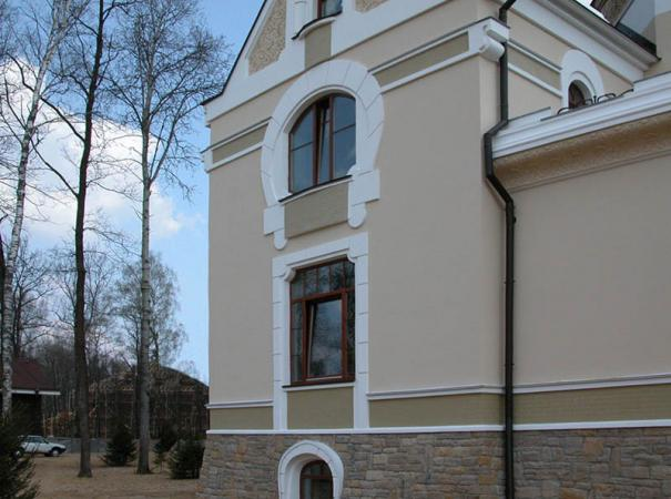 arched-windows-of-different-configurations-side