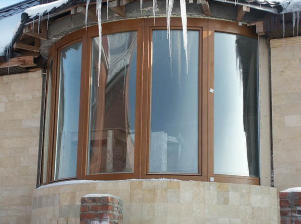 balcony-glazing-radiused-frame-front