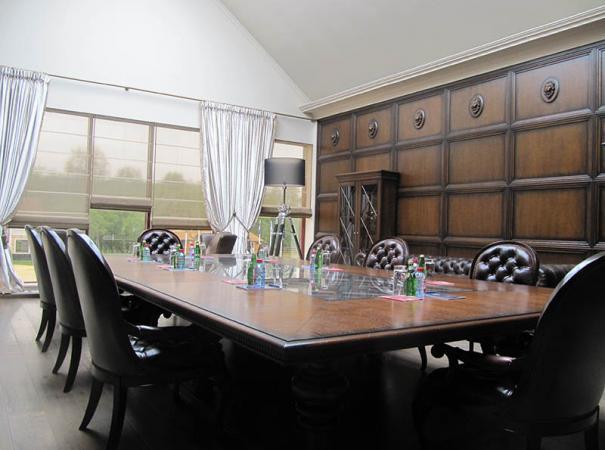 luxury-wooden-furniture-1
