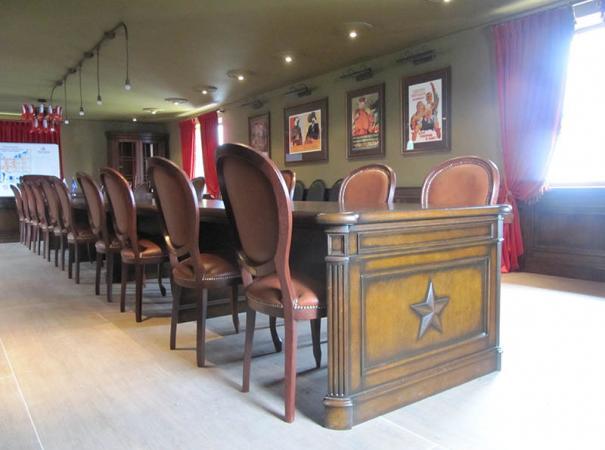 luxury-wooden-furniture-12