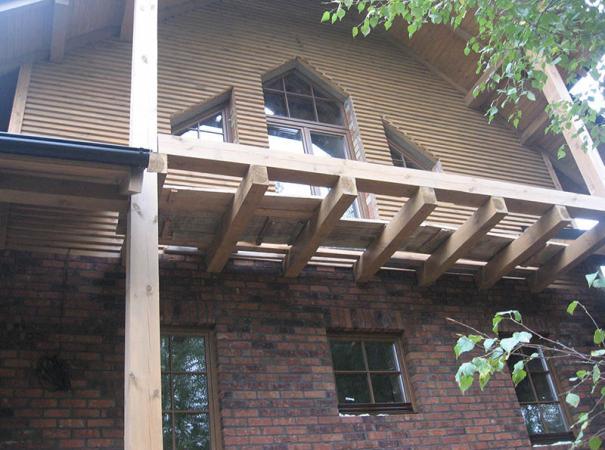 trapezoidal windows in the set-5