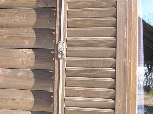 wooden-shutters-in-the-wooden-house-5