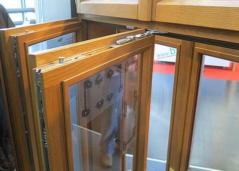 finnish-mounting-racks window-1