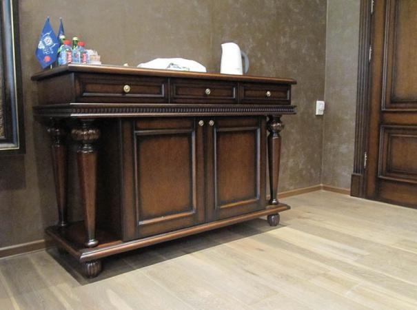 luxury-wooden-furniture-11