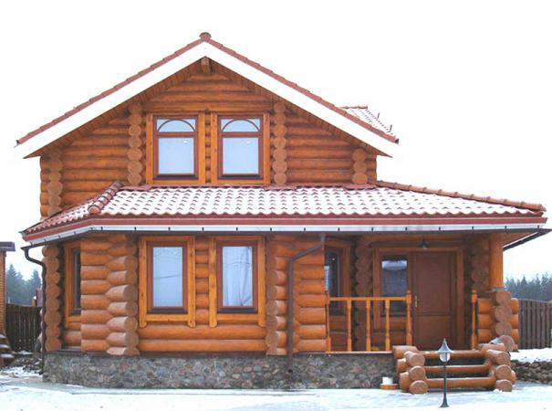 windows-in-the-wooden-house-2