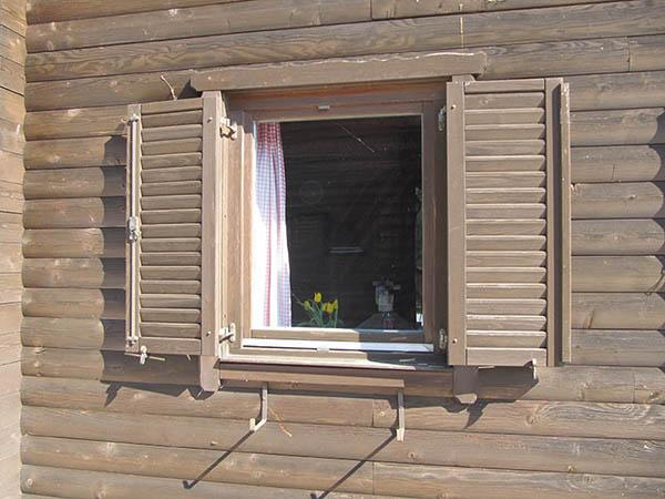 wooden-shutters-in-the-wooden-house-main
